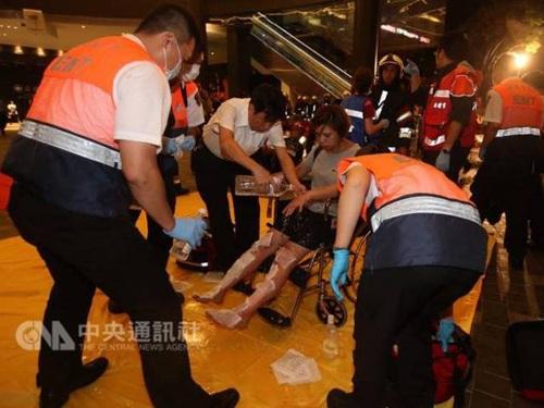 Đài Loan: Nổ tàu chở khách, ít nhất 24 người bị thương - 5