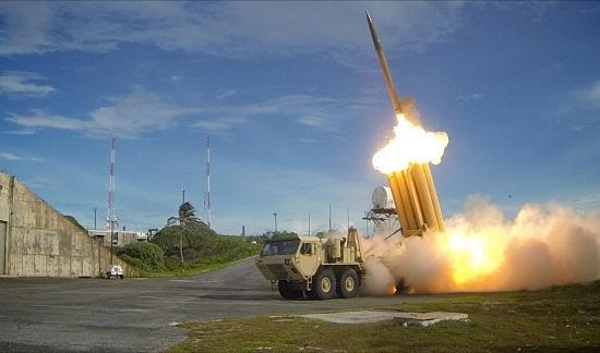 Hệ thống phòng thủ tên lửa tầm cao giai đoạn cuối THAAD (Ảnh: Yonhap)
