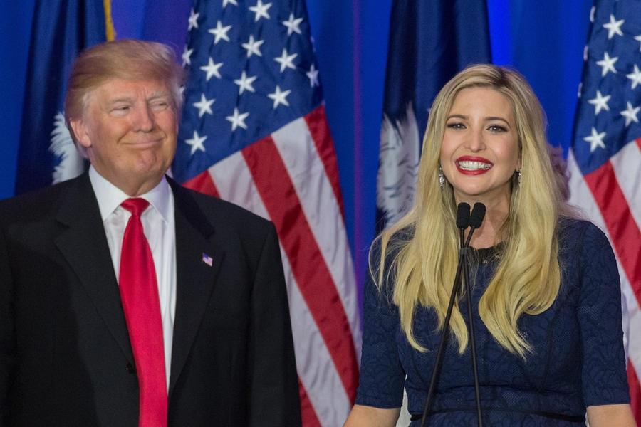 Ông Donald Trump thường xuyên khen ngợi con gái trước công chúng (Ảnh: TVGuide)