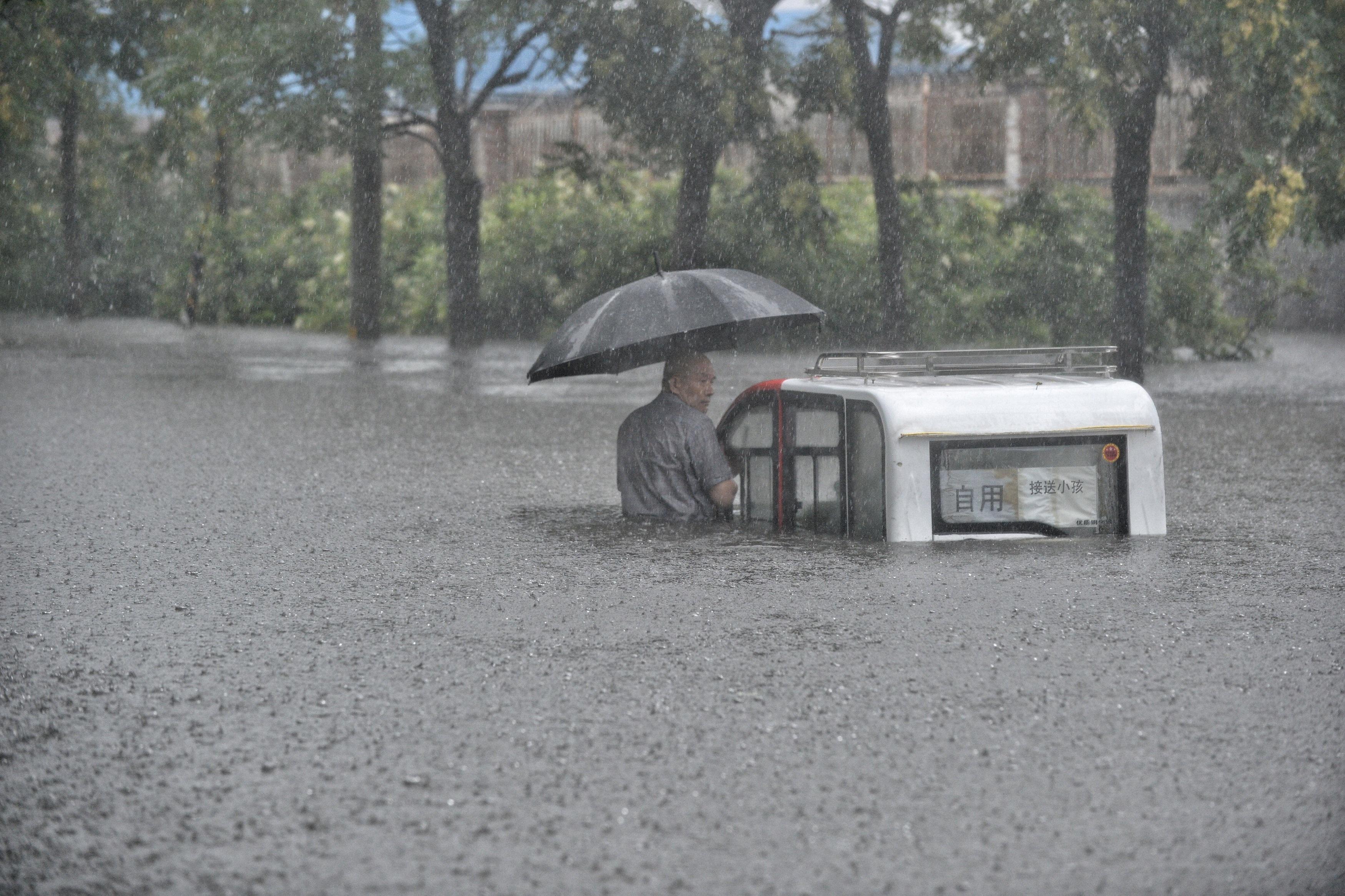 Giới chức Trung Quốc chỉ tính riêng 6 tháng đầu năm nay đã có 576 chết hoặc mất tích do lũ lụt.