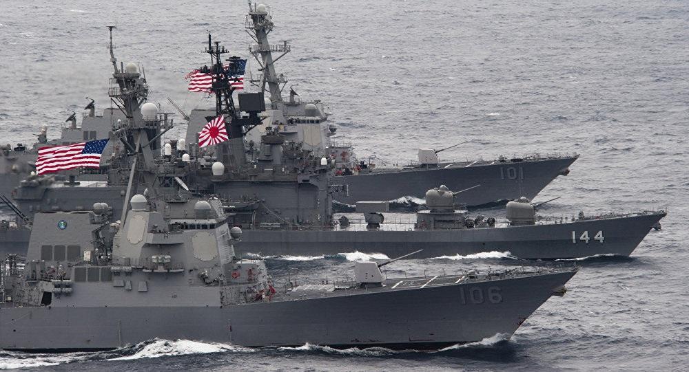 Hải quân Mỹ và Nhật Bản tập trận chung (Ảnh: China.org)