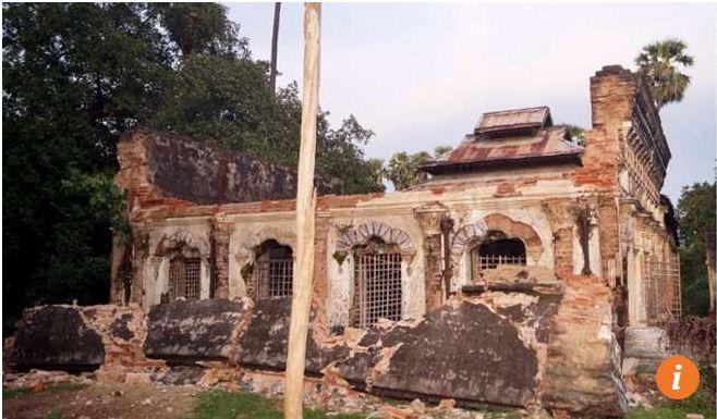 Ngôi đền cổ ở Seik Phyu, Myanmar sau trận động đất hôm qua (Ảnh: EPA)