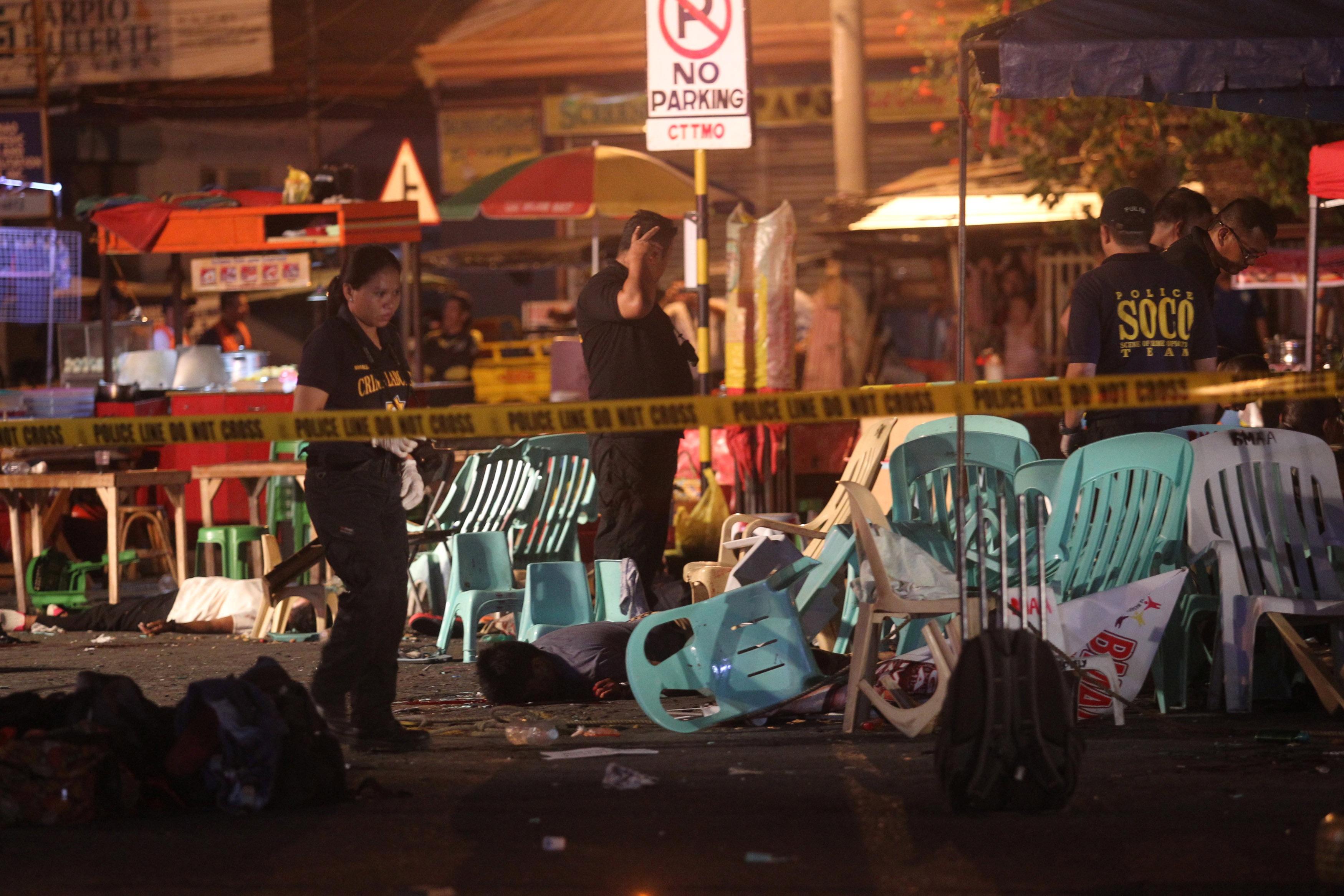 Cảnh sát và lực lượng cứu hộ đã nhanh chóng được huy động tới hiện trường.