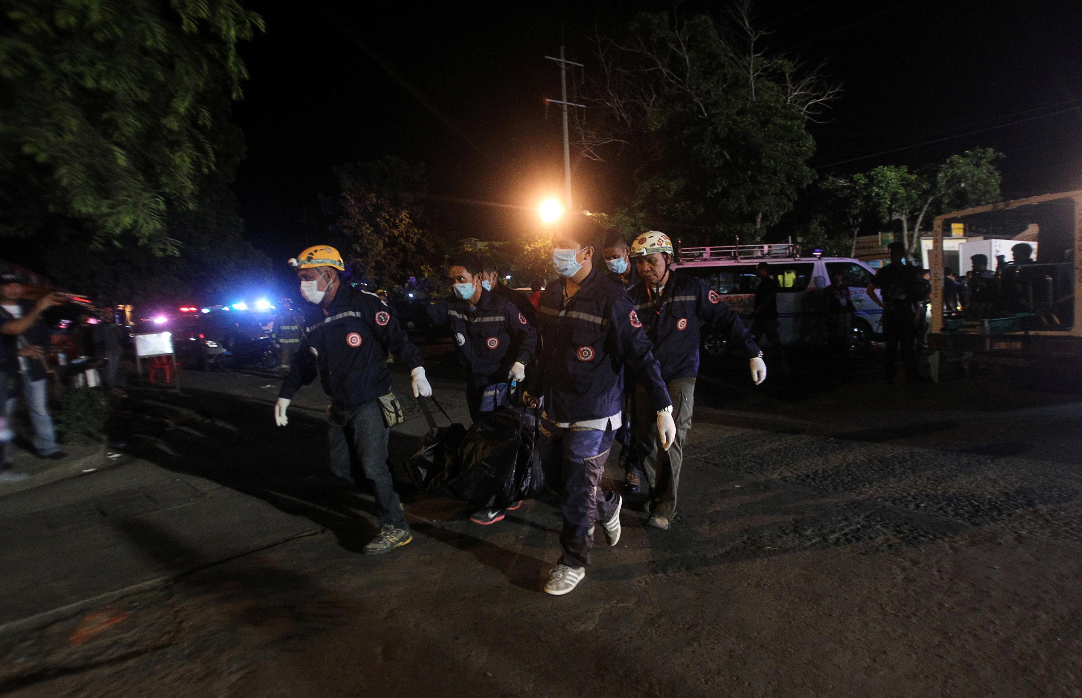 Cảnh sát vẫn đang tiếp tục điều tra nguyên nhân vụ nổ. Một số quan chức cảnh sát cho biết nhiều khả năng đây là một vụ nổ bom.