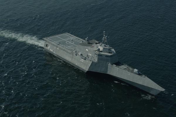 Tàu USS Montgomery (LCS-8) chạy thử nghiệm vào tháng 5/2016 (Ảnh: Military)