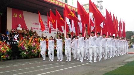 Nghi lễ trang trọng tại buổi lễ ký niệm 60 năm thành lập trường.