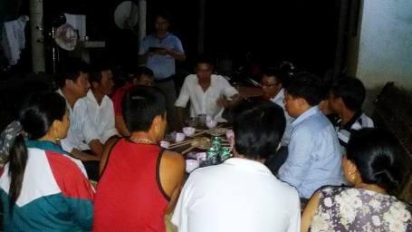 Tối qua, rất nhiều người đã đến chúc mừng em Kiều Nhi