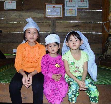 Dù hoàn cảnh gia đình rất khó khăn nhưng 3 chị em Diệu Linh rất chăm ngoan và học giỏi