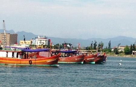Tàu cá của ngư dân Quảng Bình trong một lần ra khơi