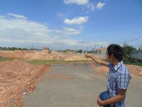 Khu đất cách đồng Sào Sạn của bà con thôn Nam Lãnh khai hoang năm 1986 nằm trong diện được đền bù, giải tỏa