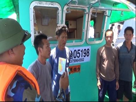 Lực lượng tuần tra truy đuổi, vây bắt, kiểm tra, lập biên bản vi phạm, cảnh cáo đồng thời tổ chức xua đuổi cả 6 tàu cá Trung Quốc ra khỏi vùng biển Việt Nam