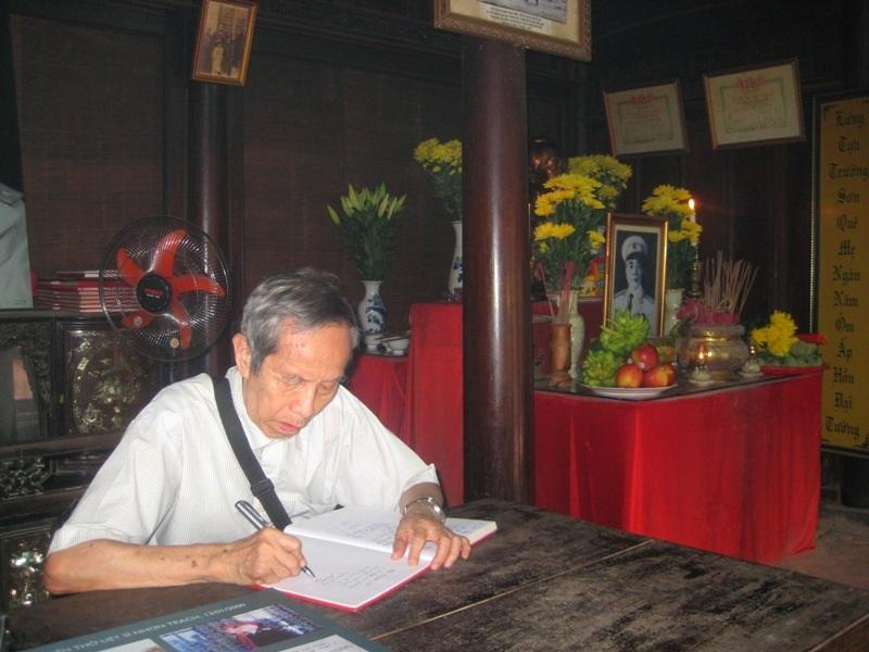 Đại tá Phạm Phú Bằng viết lên dòng cảm xúc khi đến thăm ngôi nhà tuổi thơ Đại tướng Võ Nguyên Giáp ở làng An Xá