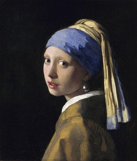 """""""Cô gái đeo khuyên tai ngọc trai"""" - nàng thơ của danh họa Hà Lan Johannes Vermeer: """"Cô gái đeo khuyên tai ngọc trai"""" là bức tranh nổi tiếng thế giới và người đẹp xuất hiện trong tranh là một trong những nàng thơ nổi bật nhất của lịch sử hội họa, nhưng không ai biết nàng là ai. Bất kể điều đó, """"cô gái đeo khuyên tai ngọc trai"""" vẫn cứ là một nàng thơ không thể không nhắc tới."""