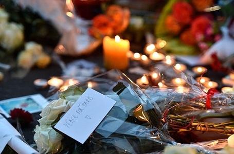 Thành viên ban nhạc biểu diễn tại Paris đêm khủng bố bị thiệt mạng - 3