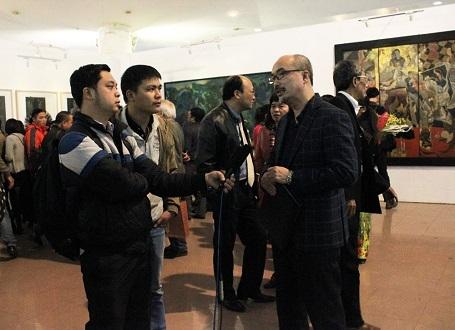 Họa sĩ Vi Kiến Thành (Cục trưởng Cục Mỹ thuật, Nhiếp ảnh & Triển lãm) trả lời phỏng vấn
