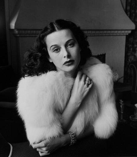 Nữ diễn viên Hedy Lamarr (Ảnh chụp năm 1938)