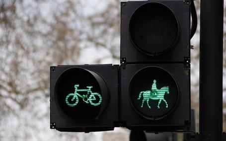 """Những cột đèn giao thông """"biết gây cười"""" - 10"""