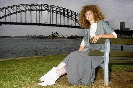 """Không thể nhận ra nhan sắc của """"thiên nga Úc"""" năm 16 tuổi - 3"""