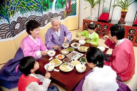 """Người Hàn Quốc ăn Tết cổ truyền ngày càng… """"Tây"""" hơn - 2"""