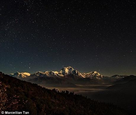Nepal xuất hiện trong rất nhiều bức ảnh đẹp của Tan. Những bức ảnh mà bản thân anh cảm thấy yêu thích nhất, hài lòng nhất cũng được chụp ở đây.