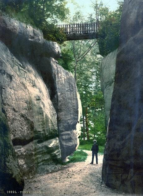 Núi đá ở thị trấn Tunbridge Wells, Anh.