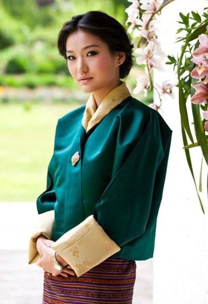 Hoàng hậu Jetsun Pema đã chiếm được thiện cảm của người dân trong vương quốc bởi vẻ đẹp và sự giản dị của mình.