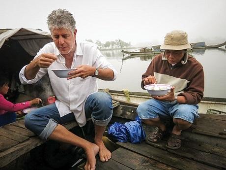 """Những bếp trưởng nổi danh thế giới """"chết mê"""" ẩm thực Việt - 10"""