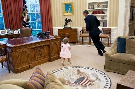 """Nhìn lại """"gia tài"""" của người chụp ông Obama trong hơn… 2 triệu bức ảnh - 25"""