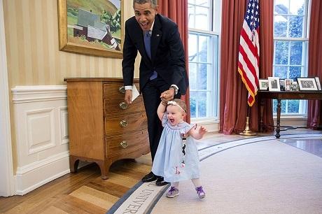 """Nhìn lại """"gia tài"""" của người chụp ông Obama trong hơn… 2 triệu bức ảnh - 28"""