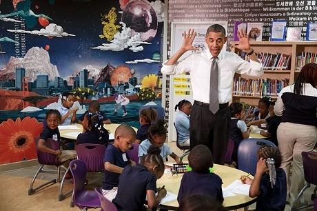 Ông Obama đến thăm một trường mẫu giáo ở thành phố Baltimore, bang Maryland.