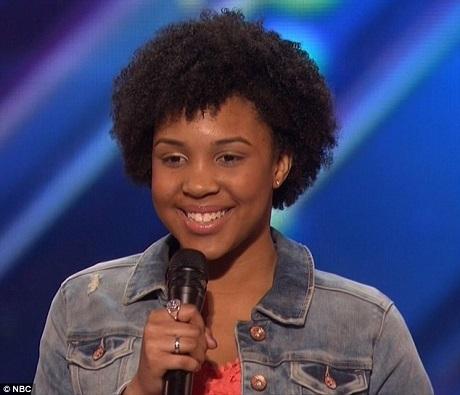 """Cô bé Jayna Brown lựa chọn ca khúc khó, mang âm hưởng jazz - """"Summertime""""."""