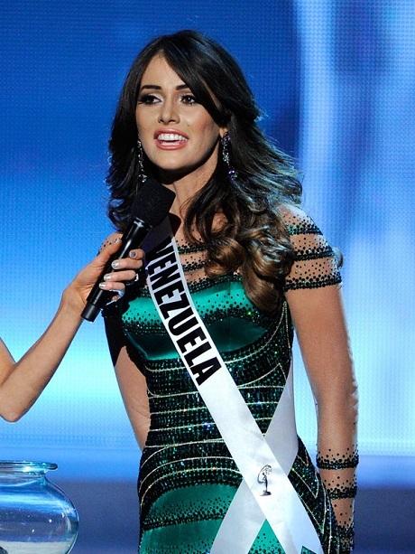 Á hậu 2 Hoa hậu Hoàn vũ 2012 - cô Irene Sogia Esser Quintero.
