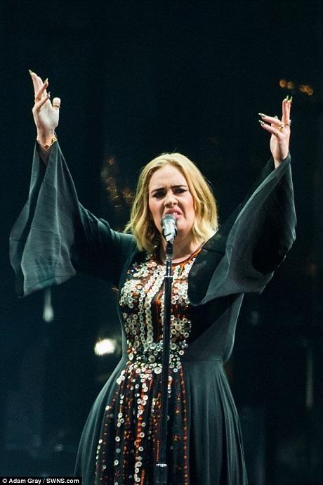 Adele đã thăng hoa trên sân khấu.