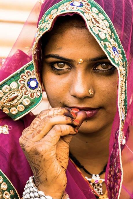 Cô gái ở thành phố Jaisalmer, bang Rajasthan, Ấn Độ.