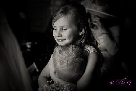 """Cô bé 9 tuổi """"đắt sô"""" chụp hình hơn nhiếp ảnh gia chuyên nghiệp - 9"""