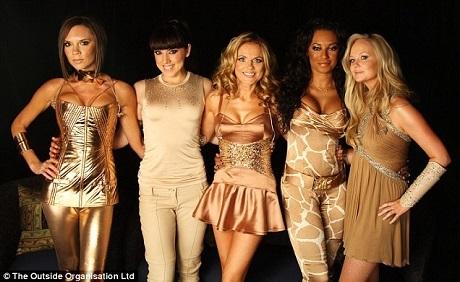 """Cách đây đúng 20 năm, """"Wannabe"""" đưa Spice Girls lên hàng sao quốc tế - 12"""