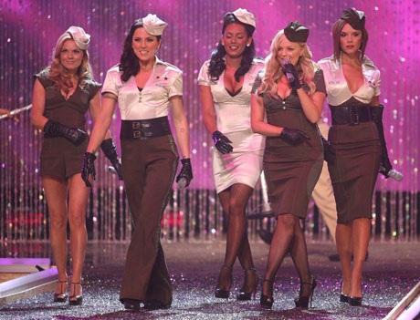 Sau khi tan rã hồi năm 2000, Spice Girls từng có một thời gian ngắn tái hợp hồi năm 2007-2008 để lưu diễn quốc tế.