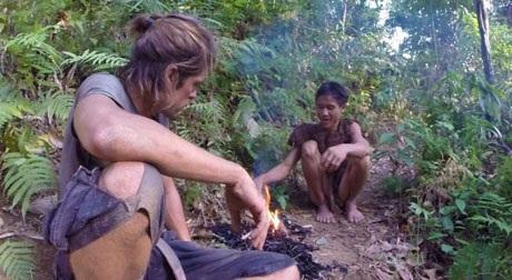 """Sắp có phim tài liệu về """"người rừng Tarzan của Việt Nam"""" - 10"""
