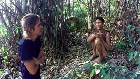 """Sắp có phim tài liệu về """"người rừng Tarzan của Việt Nam"""" - 11"""