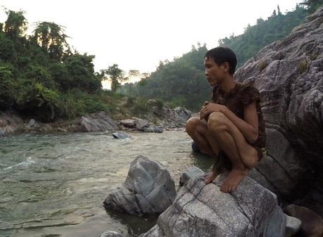 """Sắp có phim tài liệu về """"người rừng Tarzan của Việt Nam"""" - 1"""