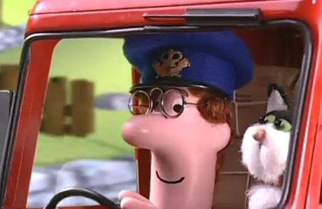 """Làm thế nào mà bác đưa thư Pat trong loạt phim hoạt hình Anh - """"Postman Pat"""" - lại có thể đưa mèo đi làm? Chưa kể việc này không đúng với nội quy lao động, thì xét đến thực tế, chúng ta thường không dám mạo hiểm để một chú mèo ngồi bên tay lái bởi mèo vốn không dễ bảo và có thể có những phản ứng rất bất ngờ, rất khó lường. Ngoài ra, bác đưa thư Pat còn có khả năng khiến chú mèo cưng ngoan ngoãn đồng hành trong suốt 8 tiếng làm việc, thực sự hiếm có chú mèo nào chấp nhận điều này. Làm thế nào mà mèo của bác Pat lại vâng lời chủ đến vậy?"""