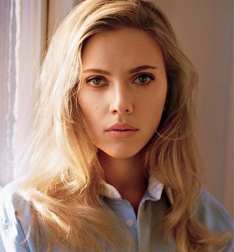 """""""Biểu tượng sex"""" của màn ảnh đương đại - nữ diễn viên Scarlett Johansson - có 89.82% các tỉ lệ trên gương mặt đáp ứng được tỉ lệ vàng."""