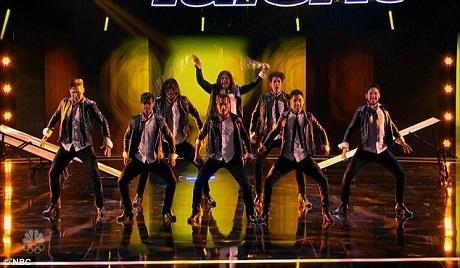 """Nhóm nhảy """"bốc lửa"""" Malevo xuất hiện trở lại trên sân khấu Tìm kiếm Tài năng Mỹ với một màn nhảy múa tạp kỹ xuất sắc."""