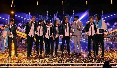 Nhóm nhảy đến từ Argentina đã nhận được nút vàng đặc cách.