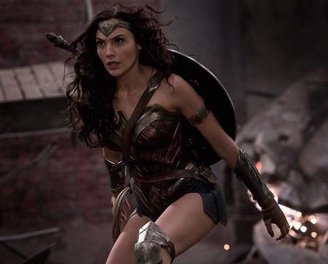 Wonder Woman lên tem sau 75 năm khẳng định nữ quyền - 4