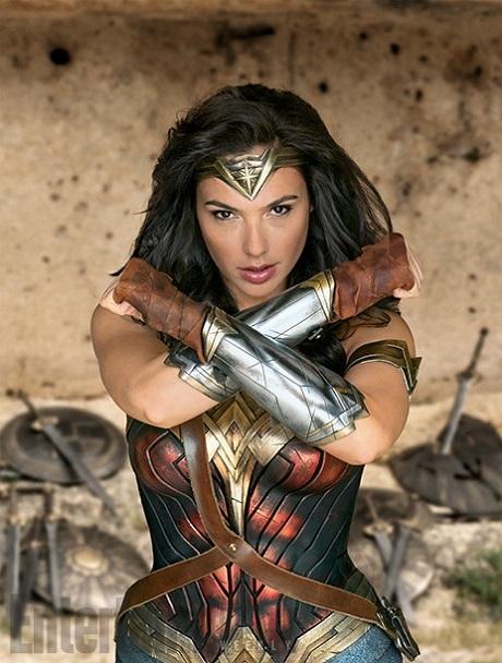 Wonder Woman lên tem sau 75 năm khẳng định nữ quyền - 2