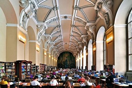 Phòng đọc tại Thư viện Quốc gia Séc.
