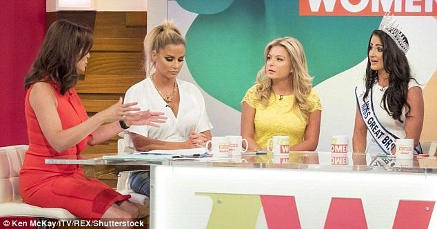 Sau sự cố, Zara không nhận được sự ủng hộ của công chúng nữa, thay vào đó, thái độ của cô trong talkshow càng khiến nhiều người cảm thấy thất vọng và dành thêm thiện cảm cho tân Hoa hậu.