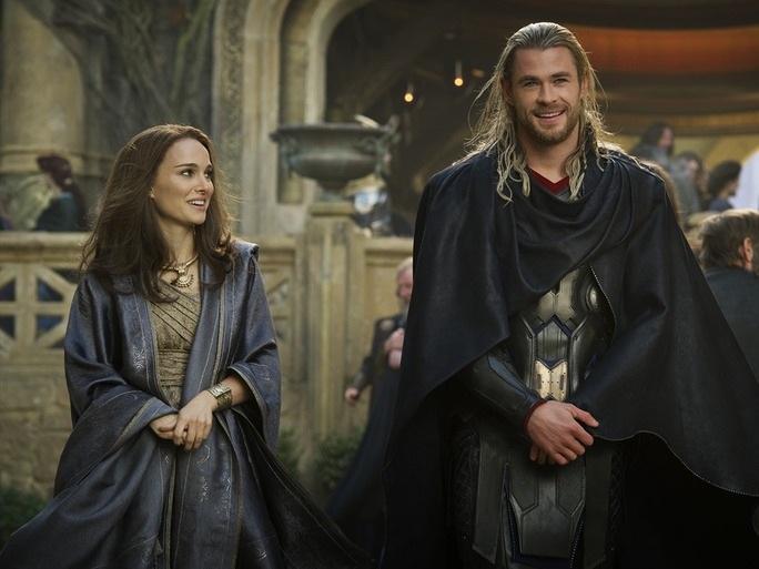 """""""Thiên nga đen"""" chia tay người tình màn ảnh - Thần Sấm Thor - 2"""