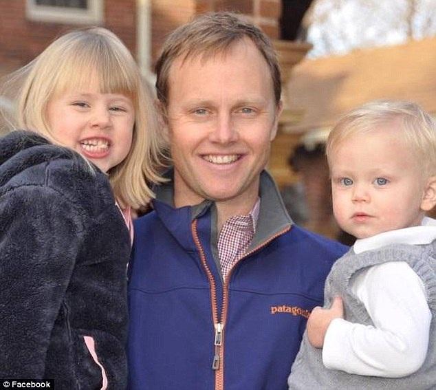Chồng của chị Chelsey - anh Ben Russell - giờ sẽ là người nuôi lớn hai con.